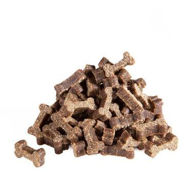 Poloměkké šťavnaté kostičky pro psy s vysokým podílem masa bez obilovin.